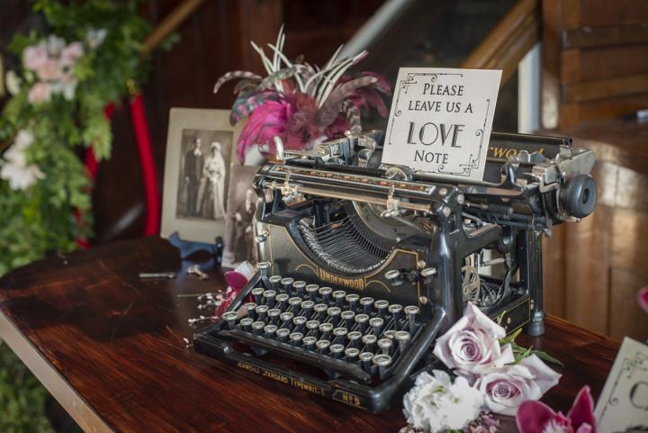 Vintage Ambiance typewriter guest book